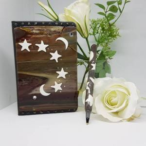 The Natural Universe notebook and Pen set - Greetings and Jot
