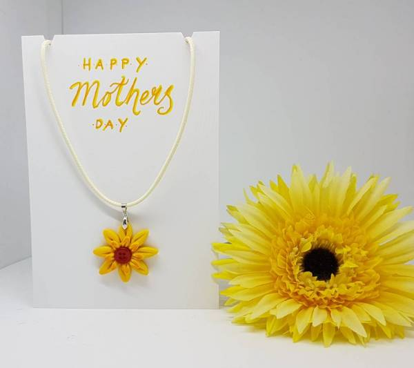 Happy Mother's day Sunflower necklace card - Greetings and Jot
